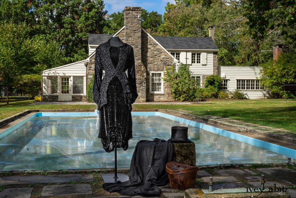 Look 5 Ivey Abitz Collection 64. Ivey ABitz at Eleanor Roosevelt's pool where churchill swam.